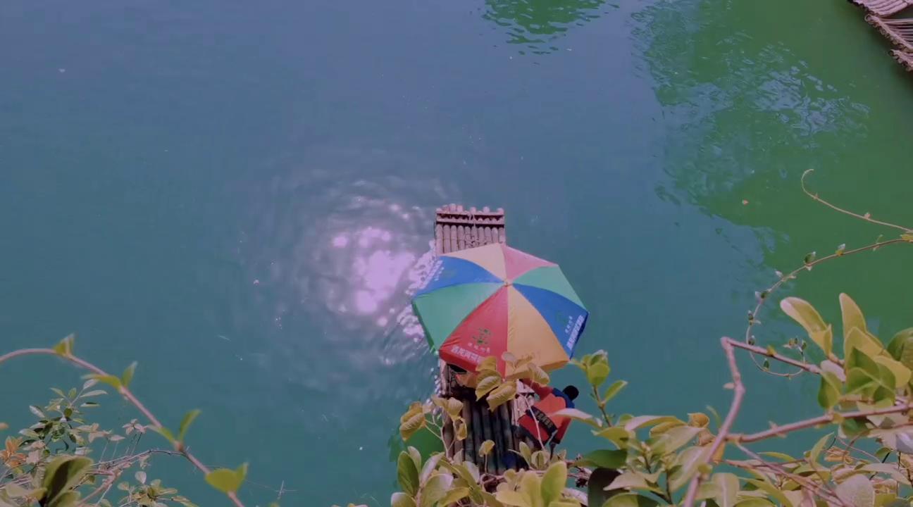 遇山芗舍:阳朔民宿旅行必须打卡遇龙河竹筏漂流-潇洒人生画中游