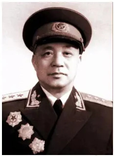 第七兵团司令员王建安上将