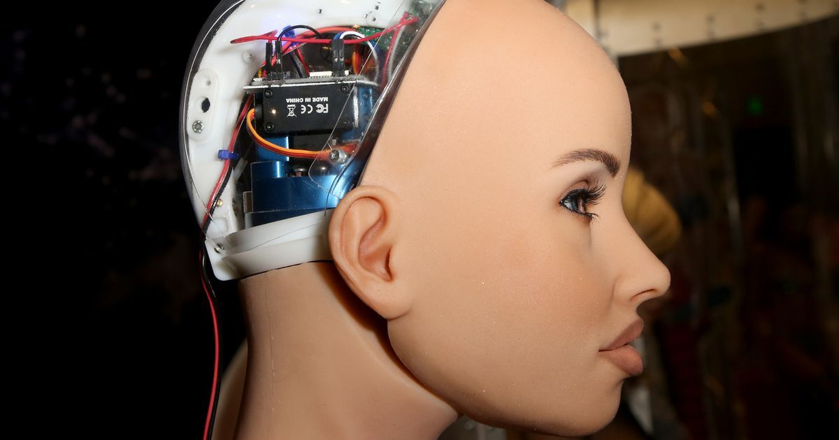 """人类怕了没?机器人豪言:待出现人工智能,机器人将""""接管世界"""""""
