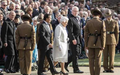 廓尔喀雇佣兵_不只是王子,就连女王,也经常需要带刀侍卫廓尔喀雇佣兵的保护.