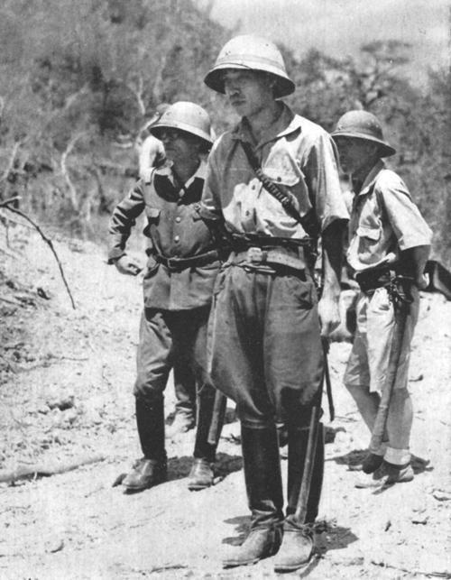 二战日军占领菲律宾后,美军纷纷投降,完全没毛