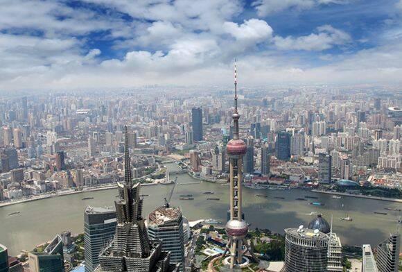上海多家银行下调首套房贷利率 专家:市场下行趋势不会改变