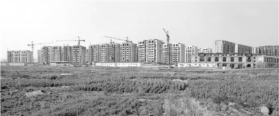 杭州七月推地潮开启:不少板块地价下滑,有地块无人报名