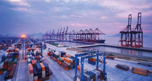 海南副省长:中央有关方面正研究中国特色自由贸易港政策