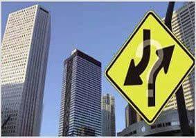 多家房企遭问询:证监会管控趋紧 高杠杆房企风险全面加大