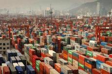 美国与其他国家发生永久性贸易逆差的根本原因