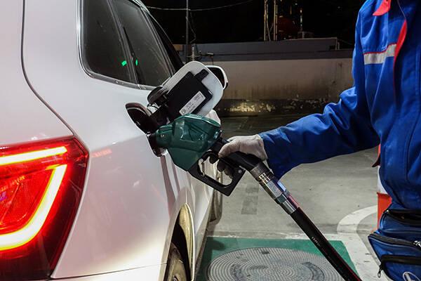 """国际油价创近三年半新高 国内油价今日或迎""""四连涨"""""""