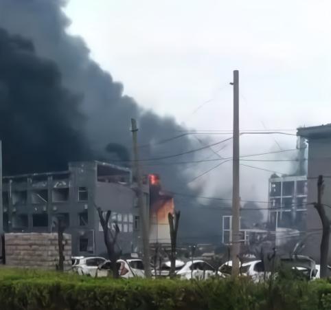 盐城爆炸背后公司:质量证书系借用 多次因环保问题遭处罚