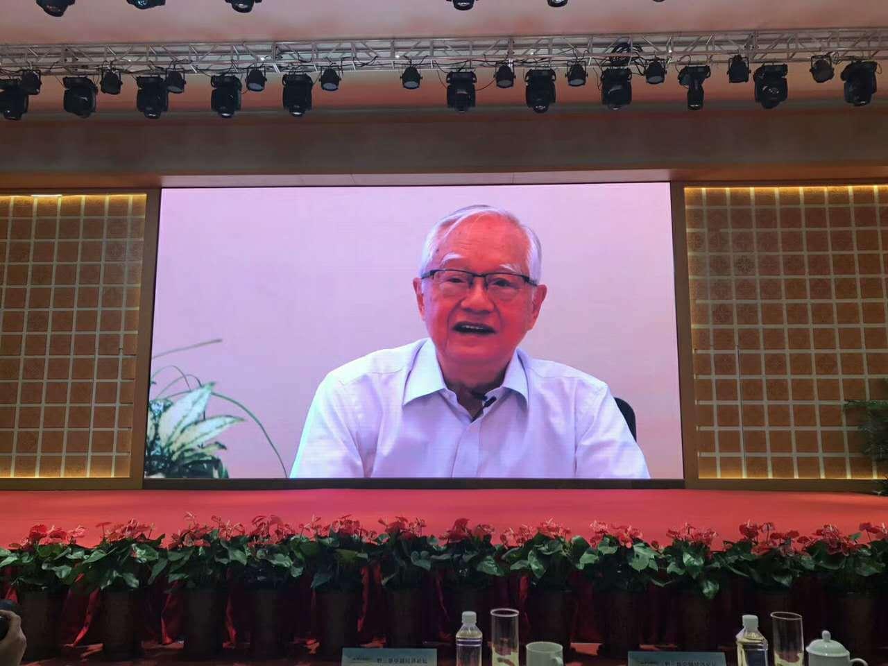 吴敬琏:有些人形势跟得紧 但基本问题研究的不够深入