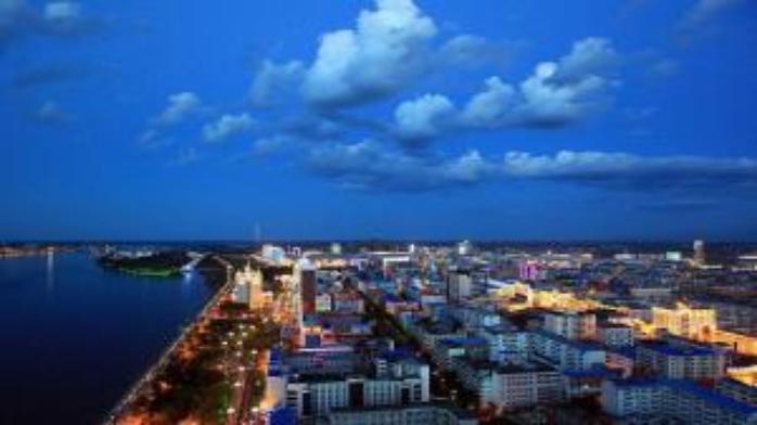 习近平:把自由贸易试验区建设成为新时代改革开放新高地