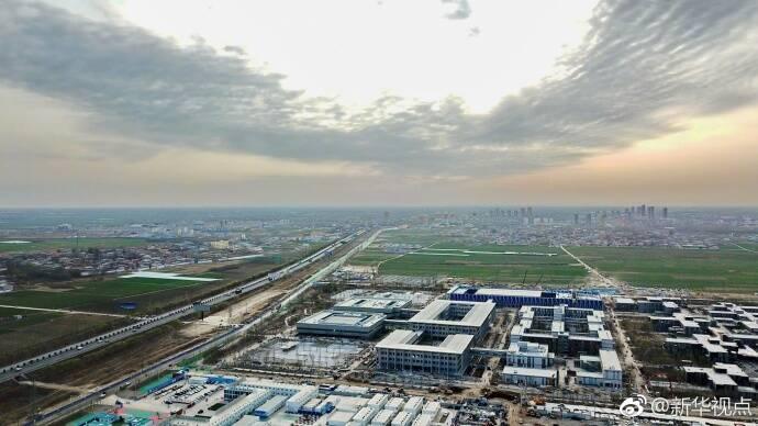 雄安新区蓝绿空间占比稳定在70%