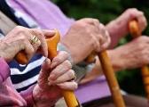 达沃斯报告:2050年八国养老金缺口将达400万亿美元