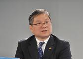 """王宏:这半年愿意支持""""一路一带""""的国家越来越多"""