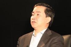 陈志武教授的言论错在哪里?