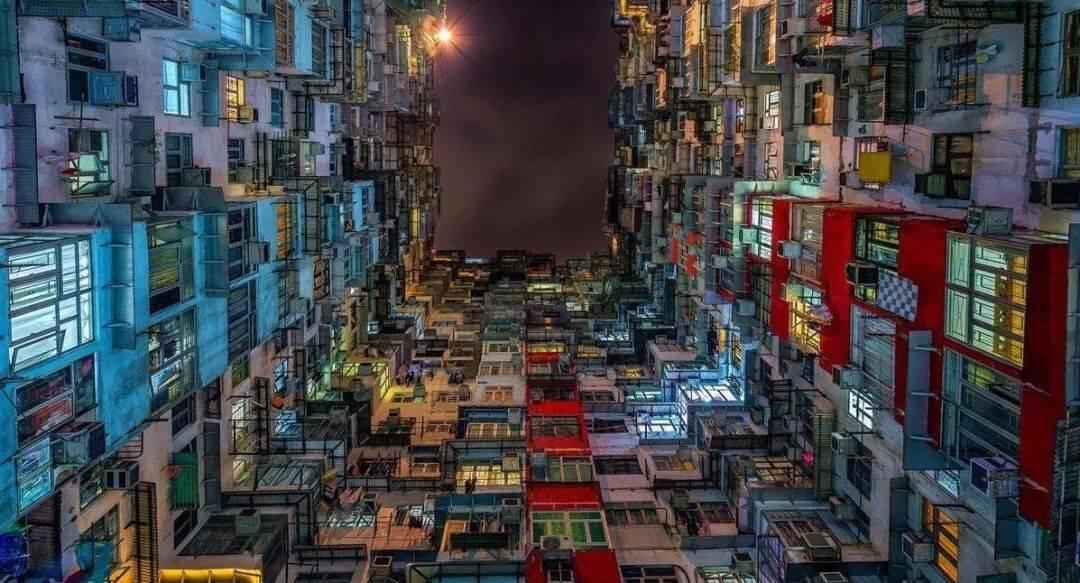 香港折叠:蝼蚁、蚊哥和神明