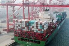 中国前7月外贸进出口总值17.41万亿元 同比增长4.2%