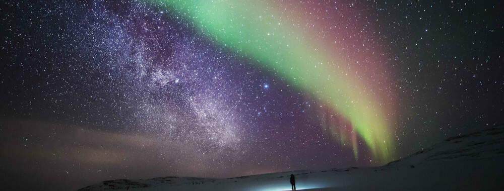 欧若拉的裙摆:邂逅芬兰极光之旅