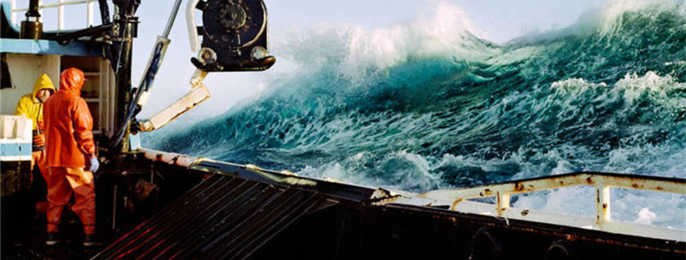 在阿拉斯加的白令海上 摄影师与渔夫的双面生活 | 大师IN像
