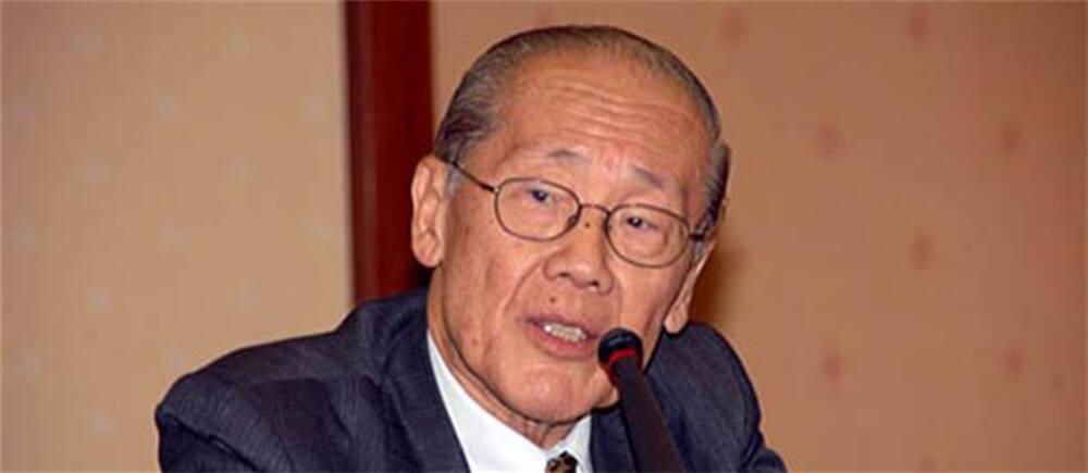 王赓武:新加坡不应让中国怀疑其友谊