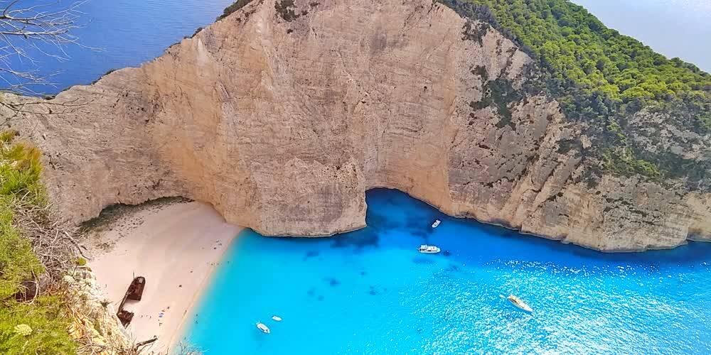 诗和远方是他们生活的日常 探秘希腊小而美海岛