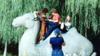 1978年外国游客在十三陵如此摆拍