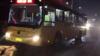 又现乘客司机互殴 致公交车桥上失控
