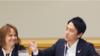 小泉进次郎在美外交首秀:说英语开玩笑神情自若