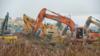 武汉版小汤山开建!现场上百台机械同时开挖