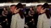 51岁韩磊与好友聚会 当众和小16岁妻子热吻