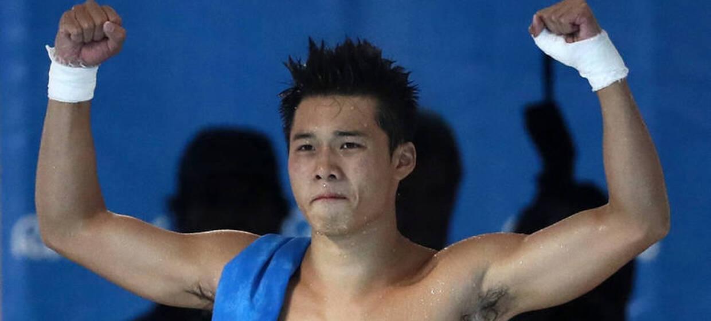 男子10米台-陈艾森摘金 邱波失误获第6