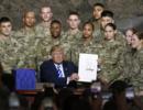 """特朗普签署""""国防授权法案"""",炫耀美军""""有钱了"""""""
