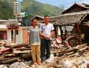 27岁青年泥石流中救出18人 自家30万现金被冲走