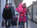 """""""我们就在站台上看看她"""":288张车票背后的团圆"""