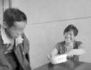 女子放弃外出务工 义务照顾残障邻居十多年