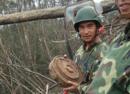 27岁扫雷士兵遇爆炸失双手双眼 本人至今不知真实伤情
