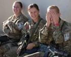 漂亮英国女兵怎么啦?竟201名前线怀孕61名新兵怀孕!