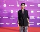 李梦亮相第八届北京电影节  造型干练显知性