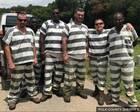 那6名救了狱警一命的美国犯人 全都被减刑了