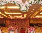 桂林一对新婚夫妇在婚礼现场捐30万元礼金助学