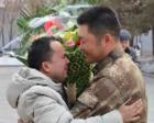 苦寻13年,新疆男子终于找到资助自己3年的士兵