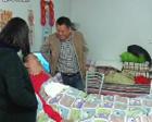 郑州一男子遇车祸瘫痪 同学们义务照顾19年