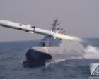 台隐身舰配奇葩防空导弹,装在固定箱子中,必须靠军舰转向来瞄准