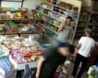 寿光超市老板不收钱 消防兵换便装付款