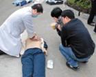"""医生急救时被偷8000元 称""""钱可再赚,生命不能重来"""""""