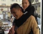 """励志姐弟真实版""""你是我的眼"""":你背我,我帮你指路"""