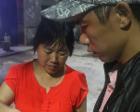 儿子因伤失忆 母亲从教数数开始帮他重获新生