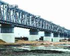 今日新闻联播必读:中俄首座跨江铁路大桥中方段工程完工