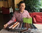 成都父亲为儿写70万字成长日记:一写11年 足12本