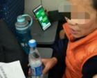 母亲坐高铁忘带手机 儿子请送餐员传话:妈别怕