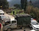 贵州货车上坡时刹车失灵 警车当缓冲垫阻止意外发生